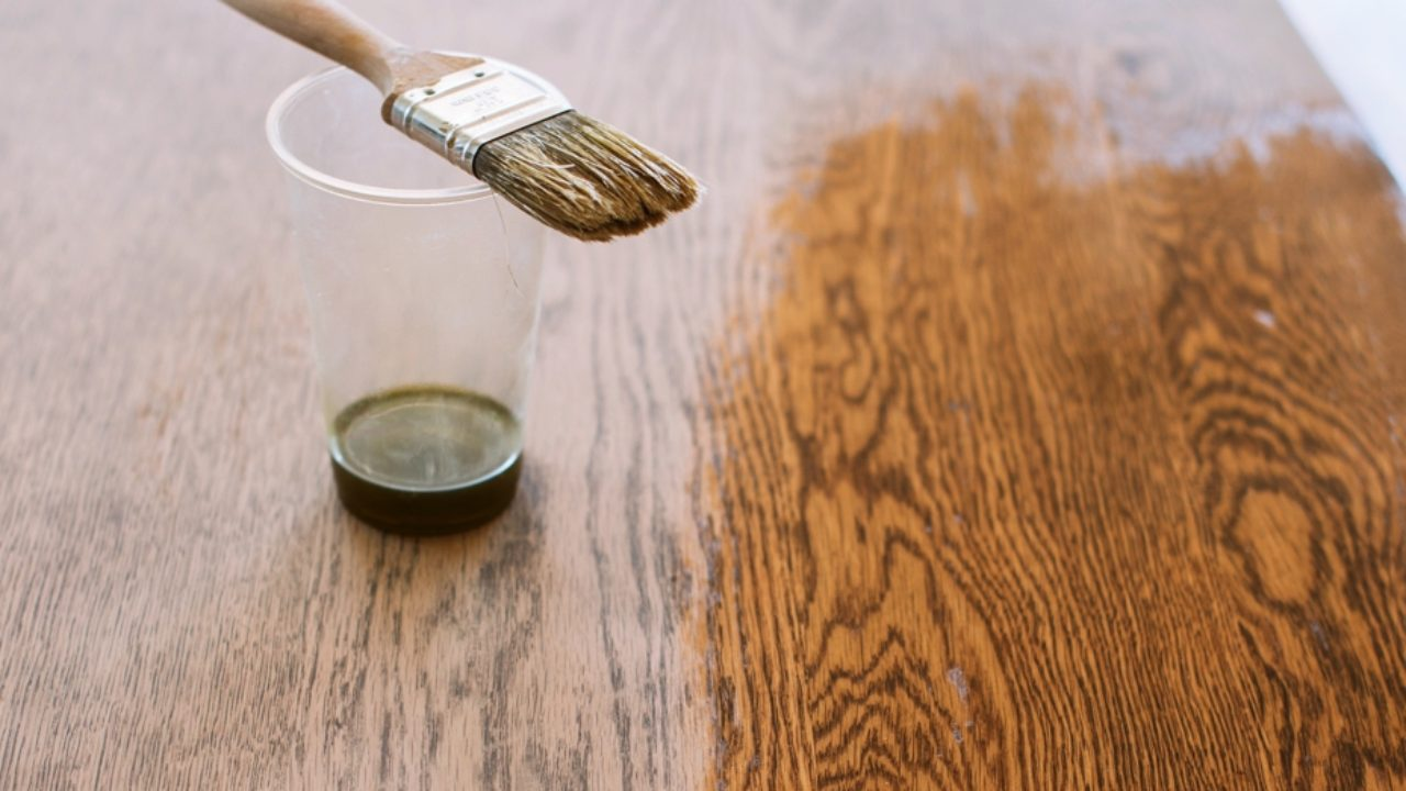 tratarea îmbinărilor cu ulei de lemn de santal