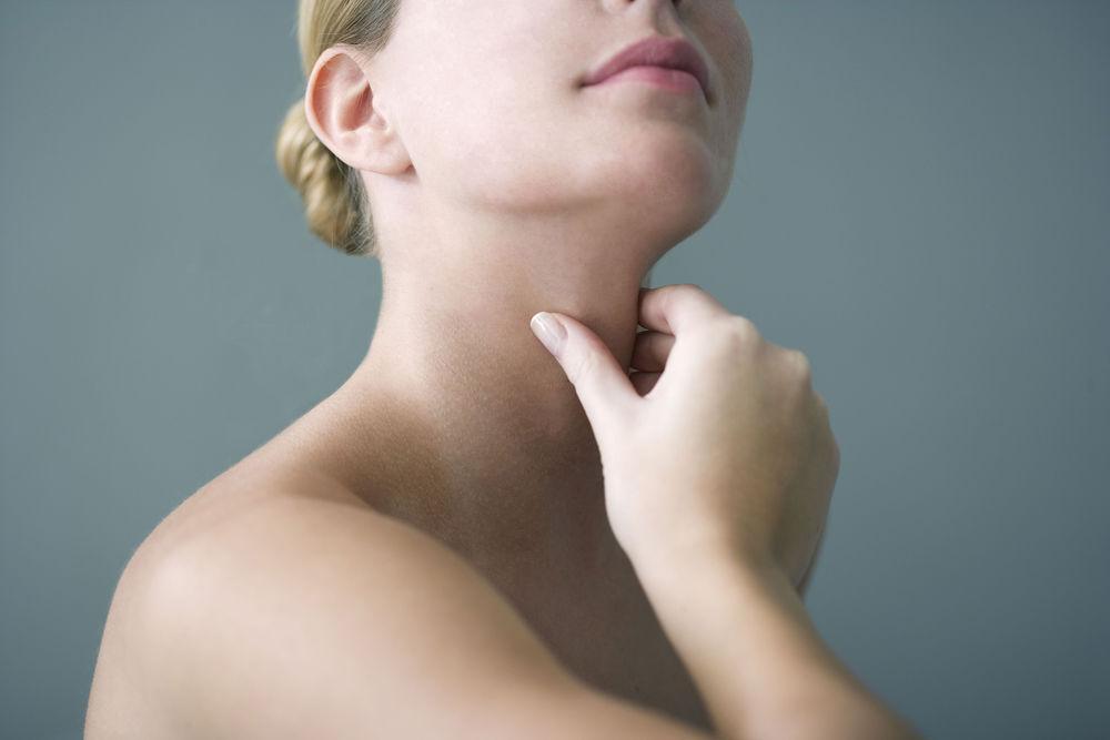 poate răni articulațiile din glanda tiroidă
