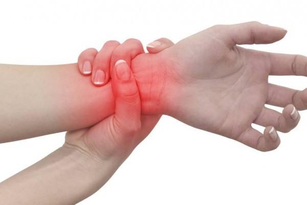 artrita reumatoidă a degetelor primele simptome tratamentul eficient al artrozei călcâiului