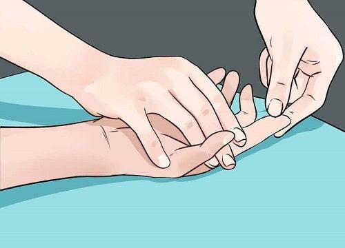 dureri articulare cu umflarea mâinilor