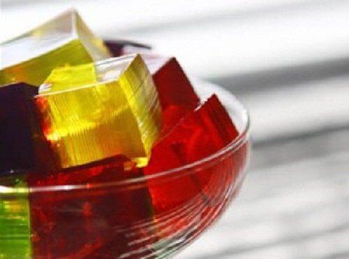 va ajuta gelatina cu dureri articulare)