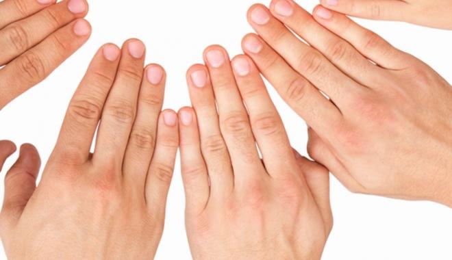 artrita reumatoidă a degetului mare
