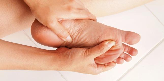 durere articulară a dimexidului degetului mare)