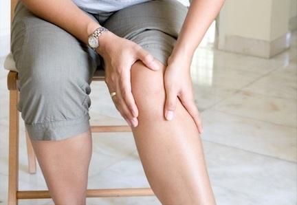 artrita articulațiilor piciorului stâng)