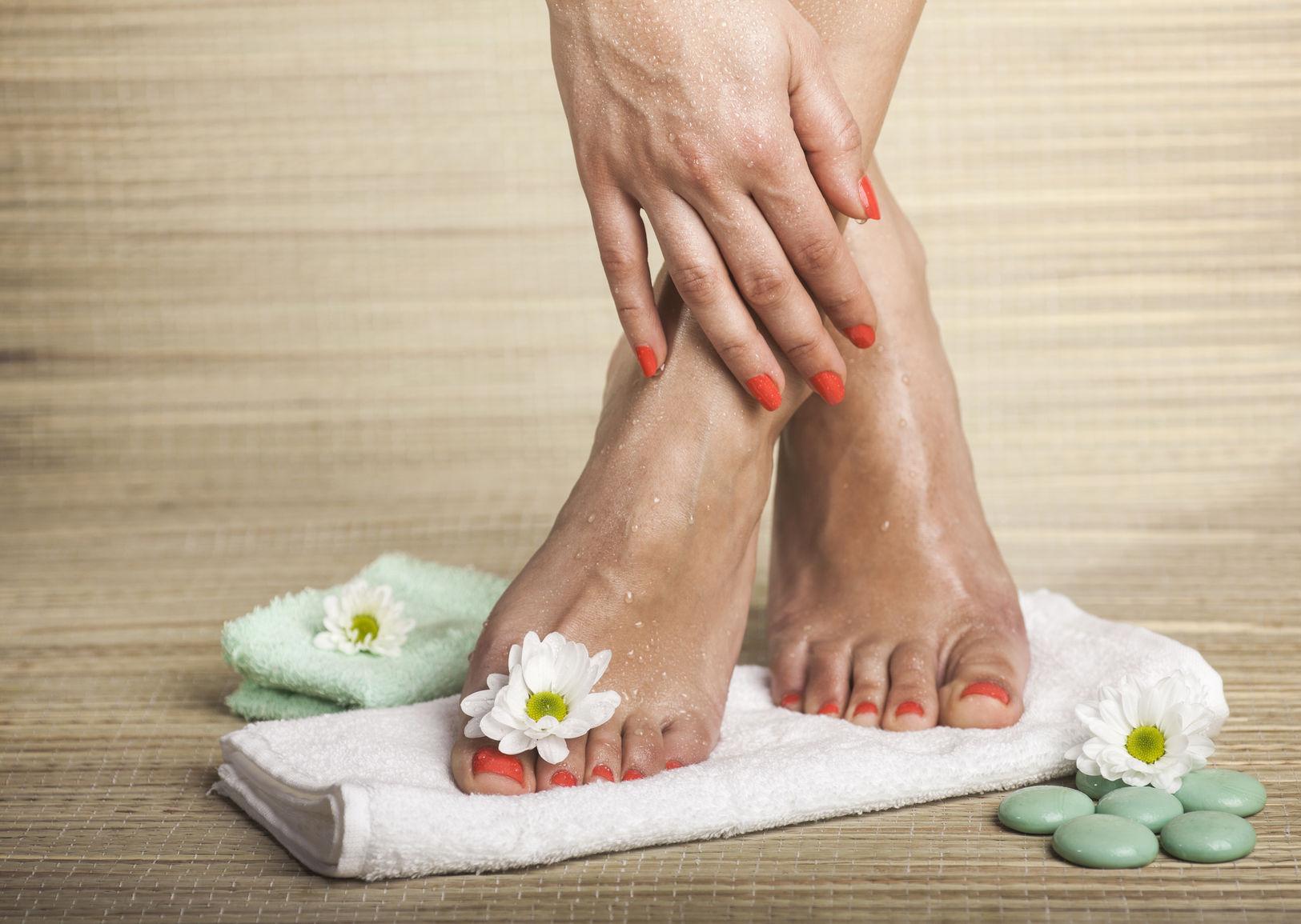 artrita degetului mare al piciorului drept)
