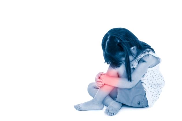copil 2 ani dureri de genunchi)