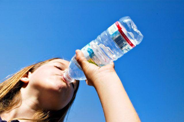 apă minerală pentru bolile articulare