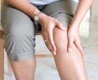durere ascuțită și ascuțită în articulația genunchiului)