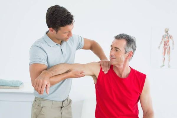 dureri la nivelul brațului cauzează)