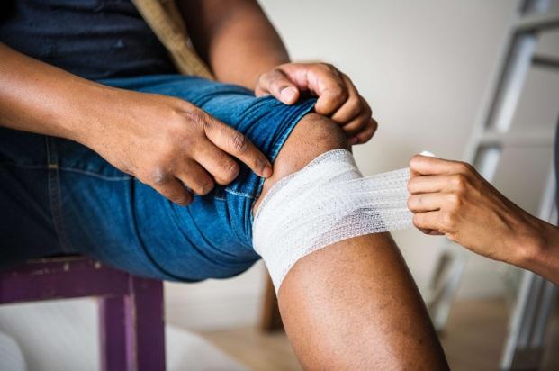durere în articulațiile mâinii după o vânătăi