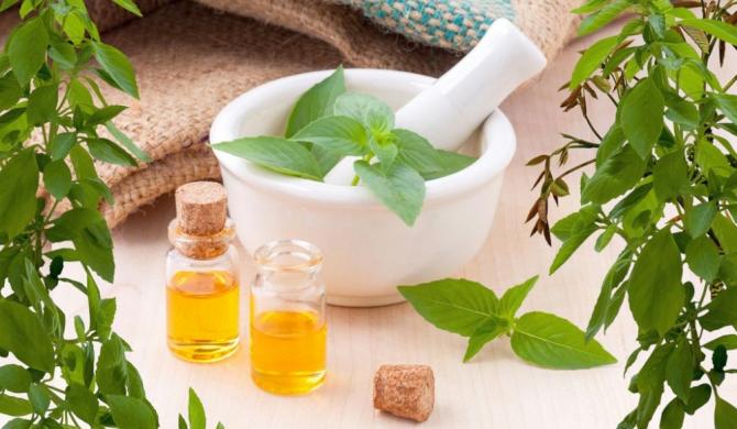 Exista remedii naturiste (din plante) care pot ajuta in infertilitate?