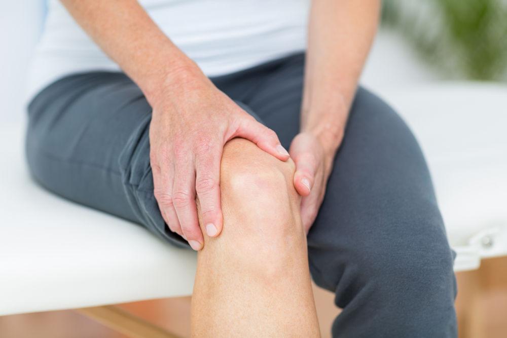 umflarea genunchiului și durere)