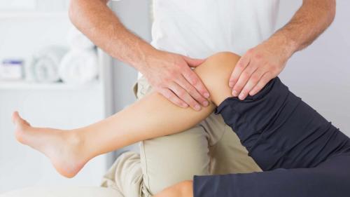 dureri la nivelul genunchiului când urcați scările)