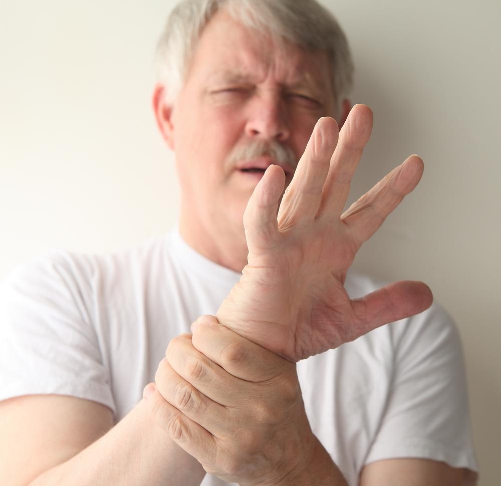 articulația pe deget doare când este îndoită)