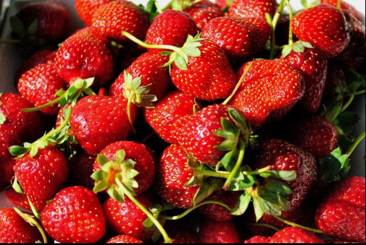 căpșuni pentru dureri articulare)