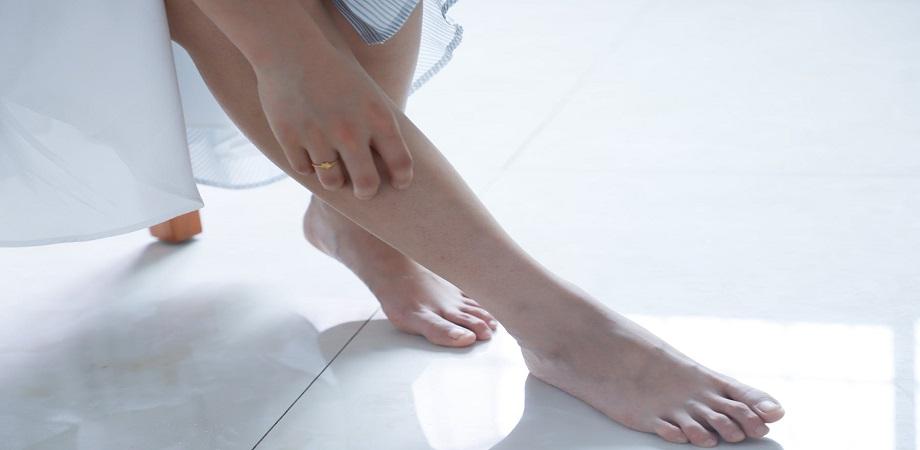remedii pt picioare umflate)